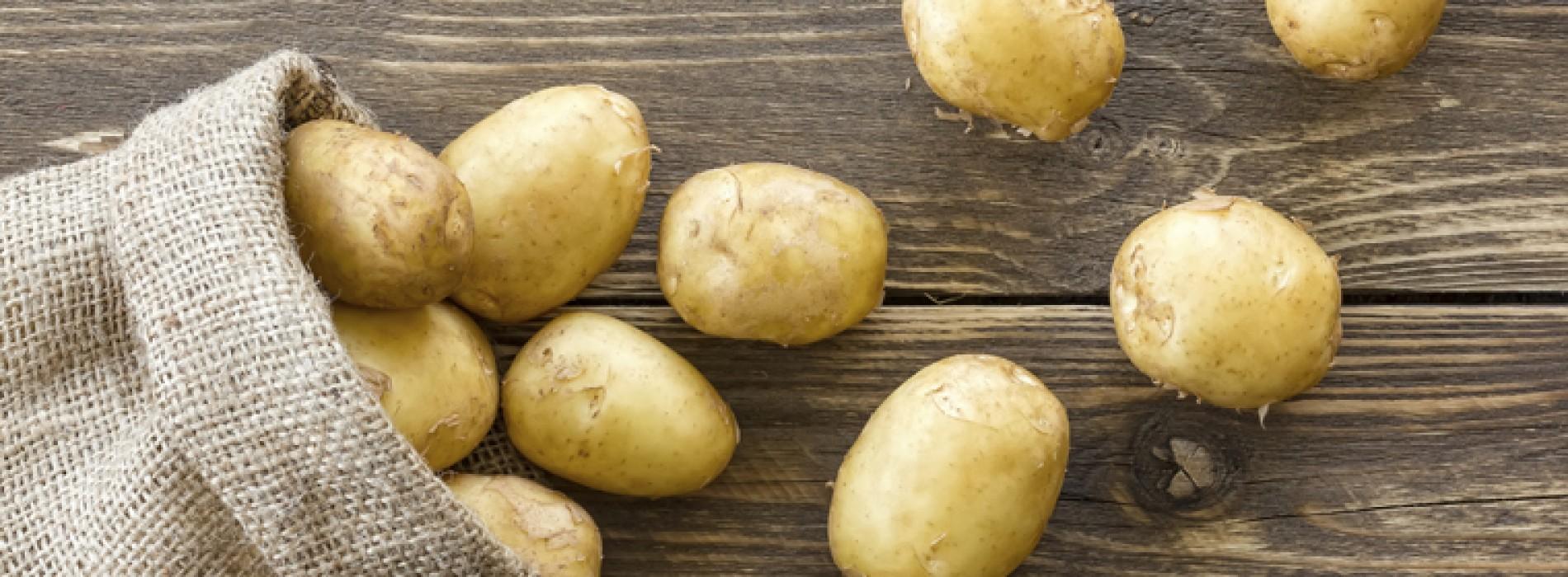 Waarom je aardappelen nooit in de ijskast mag leggen
