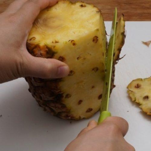 Voortaan gooi ik NOOIT meer de schillen van mijn ananas weg om deze reden.