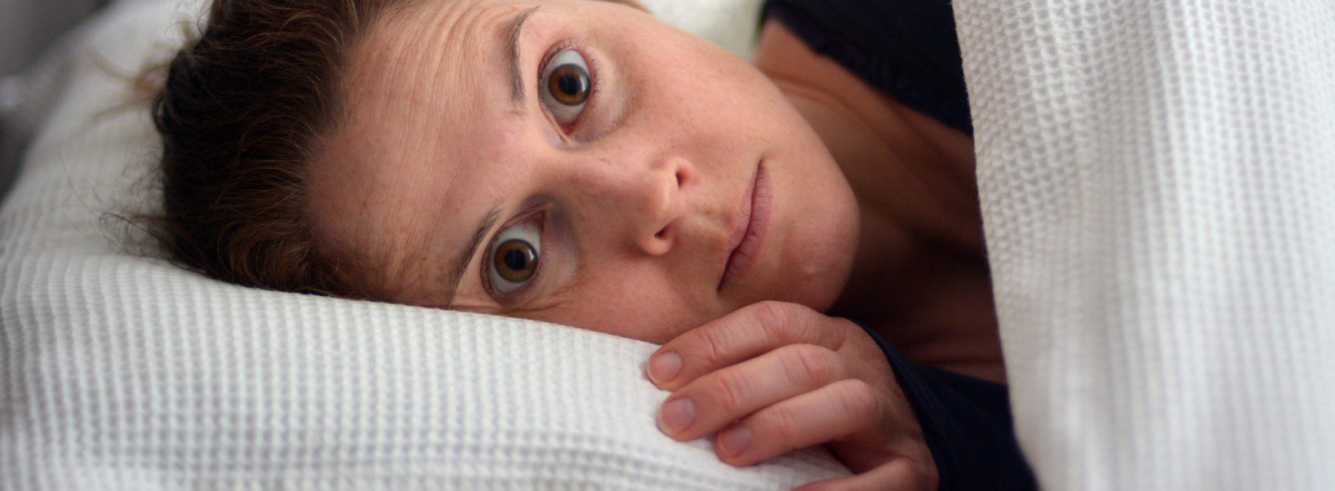 Slaapdeprivatie kan je doden. Wat slapen minder dan 7 uur per nacht doet met je lichaam en hersenen