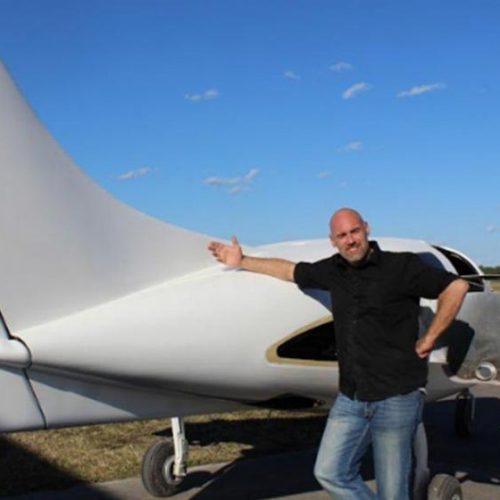 Zeg hallo tegen het eerste hennepvliegtuig – sterker dan staal en werkt op hennepbiobrandstof