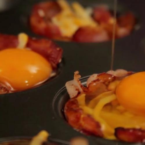 Weinig tijd om s'ochtends te ontbijten? Deze heerlijke ei muffins maak je supersnel!