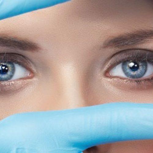 Natuurlijke tips om gezichtsvlekken te verminderen of verwijderen