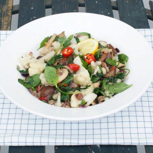 Paddenstoelen met bloemkoolroosjes en spinazie recept
