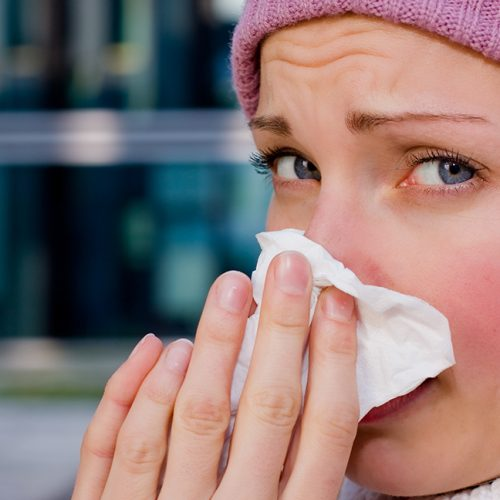 Met DEZE geweldige tip kom jij binnen 2 dagen van jouw verkoudheid af!