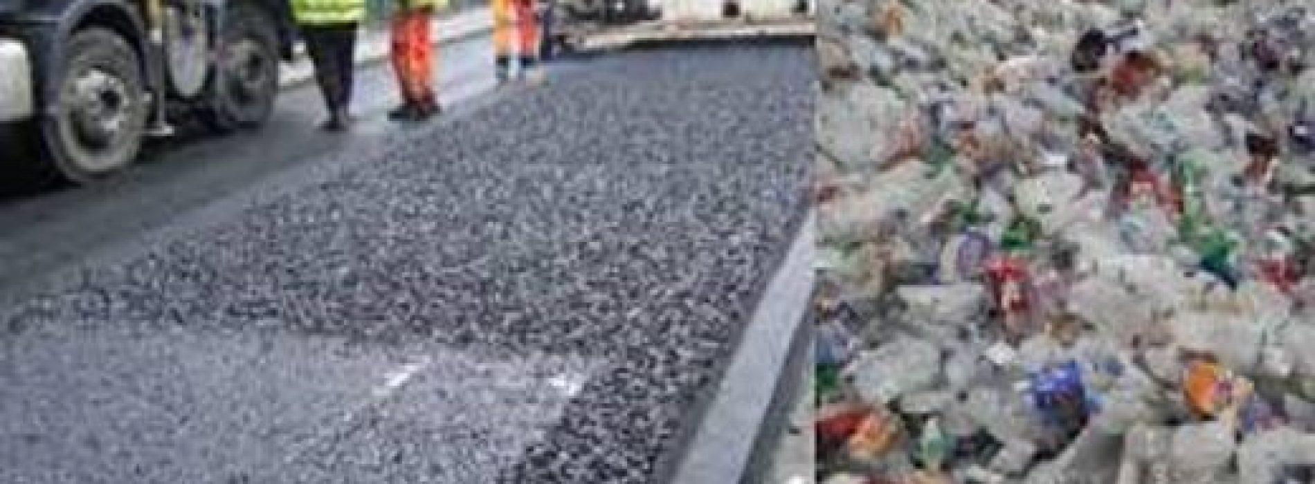 Zo kan het ook! Vooruitstrevend bedrijf gebruikt plastic afval om wegen te maken die 60% sterker zijn dan traditionele