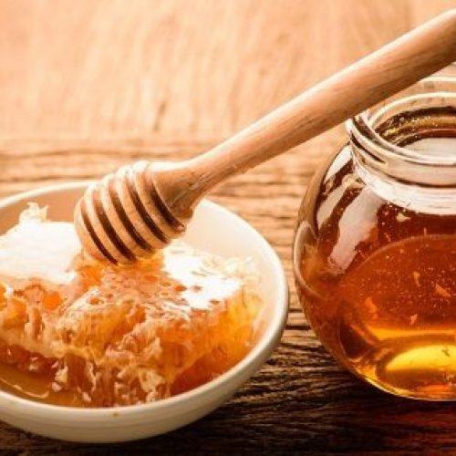 Vijf therapeutische effecten van honing bij de behandeling van wonden en infecties