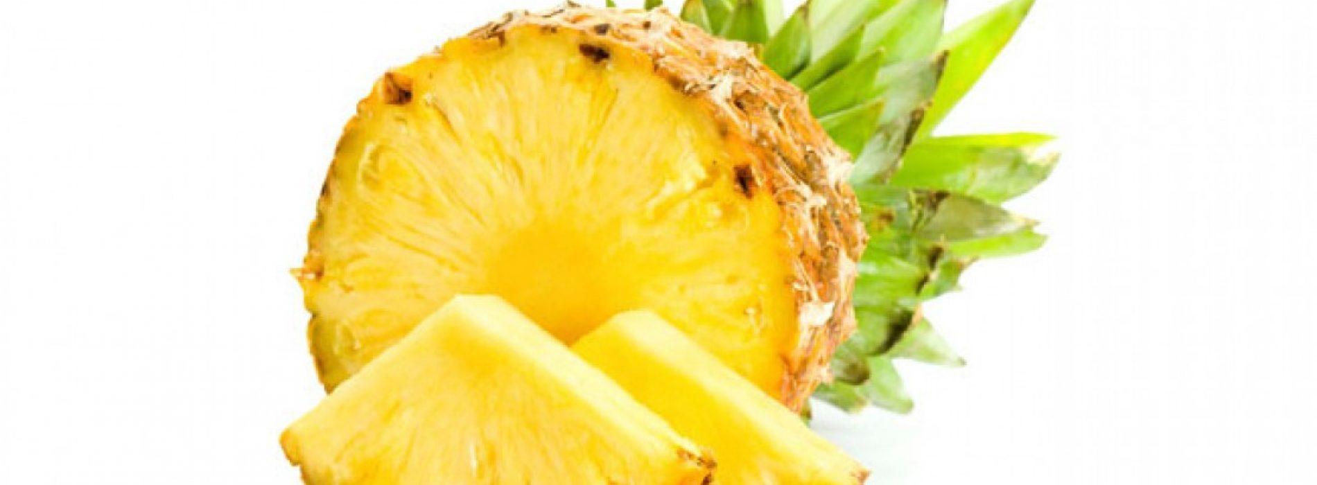 Vitamine-rijk ananasfruit heeft een verscheidenheid aan gezondheidsvoordelen waardoor het een ECHT superfood is